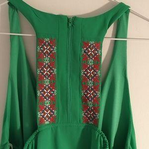Boho Kelly green sheath dress with pockets